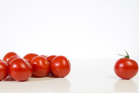tomatos: A bunch Tomatos