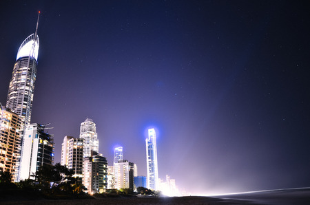 surfers paradise: Surfers Paradise Beach and Skyline Editorial