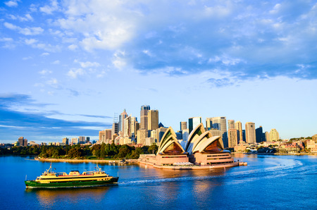 sydney harbour: Sydney Opera House and City