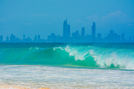 surfers paradise: Wave Breaking in front of Surfers Paradise