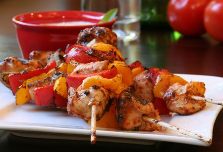 cubed: Grilled chicken and vegetable kebabs.  Stock Photo