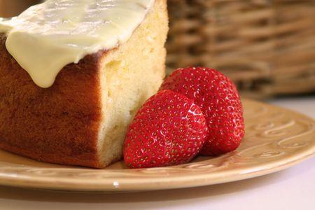 Sponge cake and strawberries Stock Photo - 3230918
