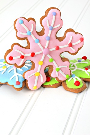 Christmas decorated gingerbread sugar cookies. Also available in horizontal.  Archivio Fotografico