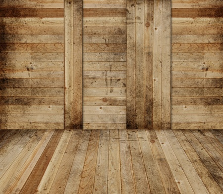 el cedro: Interior de granero de madera