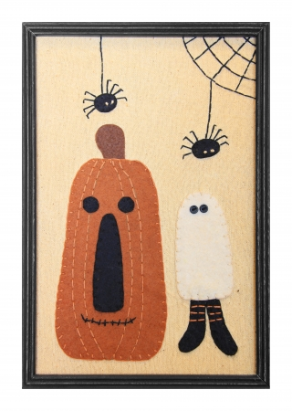 Halloween decoration in a picture frame.  Stock Photo - 15630710