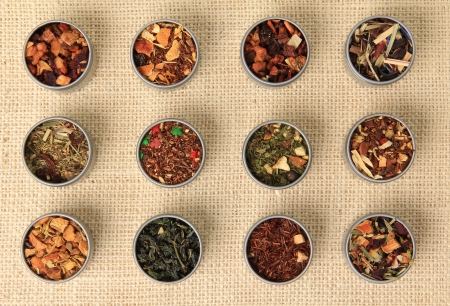 teas: Tea leaves, different varieties