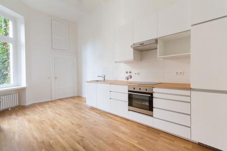 new  kitchen, fresh renovated flat Standard-Bild