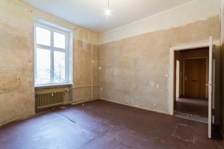 refurbishing: room before renovation