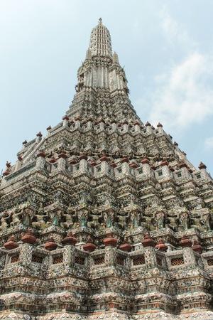 wat arun: Bangko, Thailand - March 03, 2014: Details of the Wat Arun, temple (Temple of Dawn) in bangkok thailand.