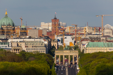 brandenburg gate: Berlin skyline over brandenburg gate (Brandenburger Tor)