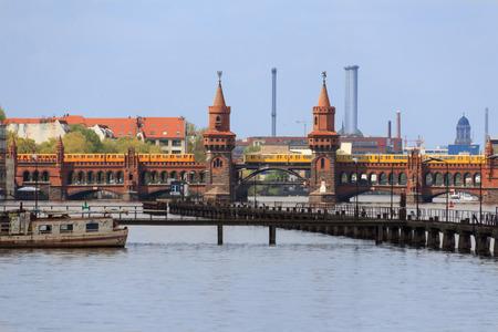spree: Berlin skyline: Oberbaum bridge and river Spree