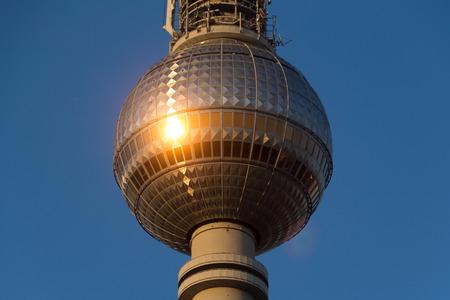 tv tower: Berlin television tower (Fernsehturm), tv tower