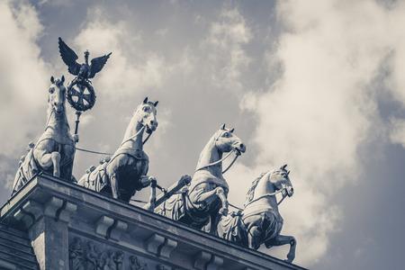 quadriga: Quadriga, the top of the brandenburg gate in Berlin
