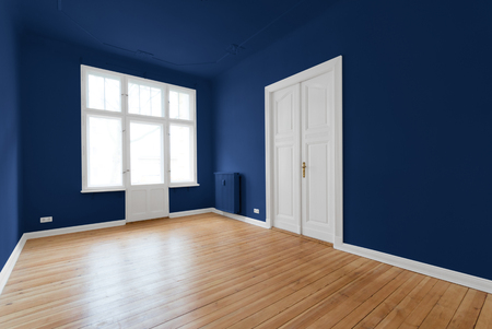 beautiful empty room - apartment after renovation Imagens