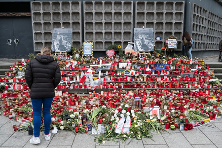 Flowers and candles after the terror attack on the christmas market at Breitscheidplatz in Berlin, Germany. Éditoriale