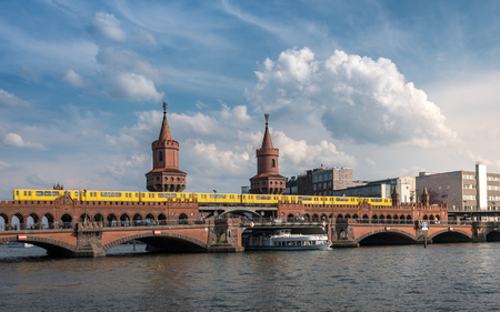 River Spree and Oberbaumbruecke (Oberbaum Bridge) in Berlin. Reklamní fotografie