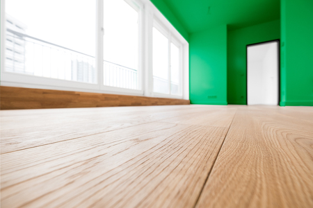 penthouse: empty room with wooden floor in new apartment Stock Photo