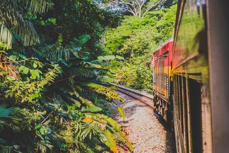 Panama City, Panama - march 2018:  The Panama Canal Railroad train driving from Panama City to Colon 新闻类图片
