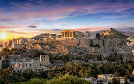 The Parthenon Temple at the Acropolis of Athens, Greece, during colorful sunset Фото со стока - 95048567