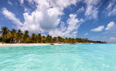 Caribbean paradise beach with turquoise waters: North Beach in Isla Mujeres, Mexico Stock Photo