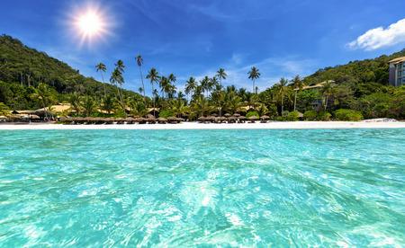 Tropical Beach z turkusowymi wodami w Malezji