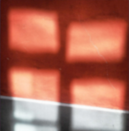 de focused: Background of de focused red and gray window reflections of the sun