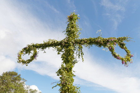 midsummer pole: Maypole used to celebrate the midsummer, the arrival of the summer.