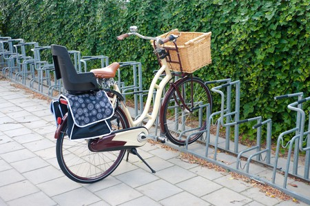 child seat: multi-functional bicycle with child seat and basket for shopping