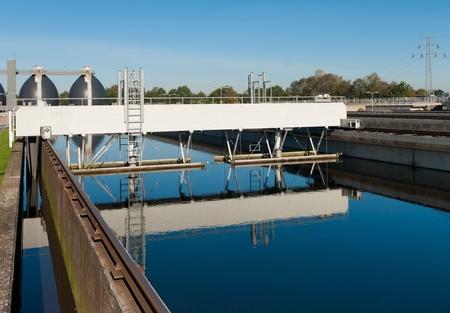 bomba de agua: bassin donde se realiza el desperdicio de agua filtrada