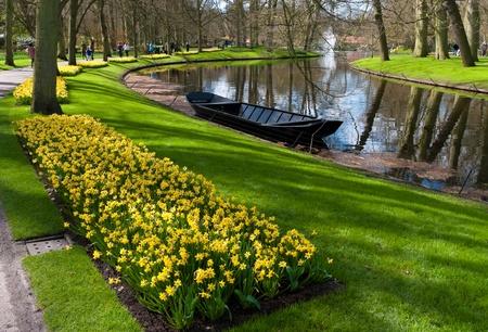 lisse: mooi aangelegde tuin met tulpen in de Keukenhof, Lisse