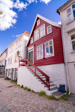 Traditional old wooden houses on the hillside in the old part of Bergen town, Norway Banco de Imagens
