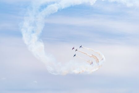 The Dutch Thunder Yaks Display team in action Imagens