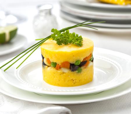 ペルーの代表的な料理、カウサ・レレナ。 写真素材