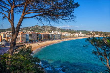 LLORET DE MAR , SPAIN - MARCH 12: View over the town and seafront. Banco de Imagens - 105491582