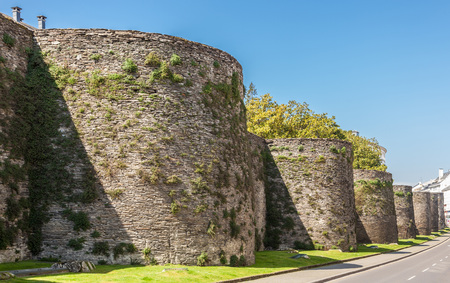 The roman wall bordering the town of Lugo, Spain Stock Photo