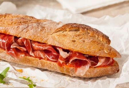 Crunchy sandwich with Spanish cured ham.