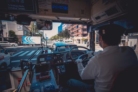 京都、日本のバス。