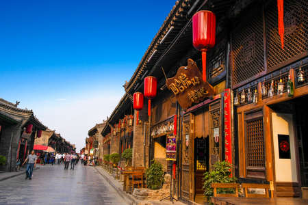 Walking in the streets of Pingyao County, Shanxi, a strong sense of the charm of the ancient city of Shanxi Pingyao County