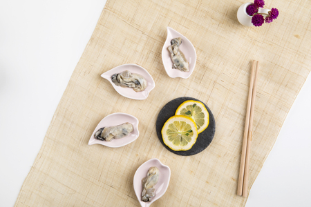 table setting_ fresh oysters