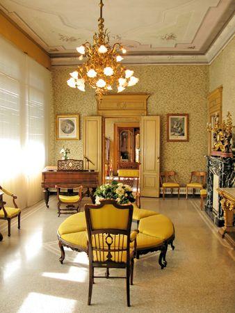 lake como: Villa Monastero interieur. Het Comomeer, Italië