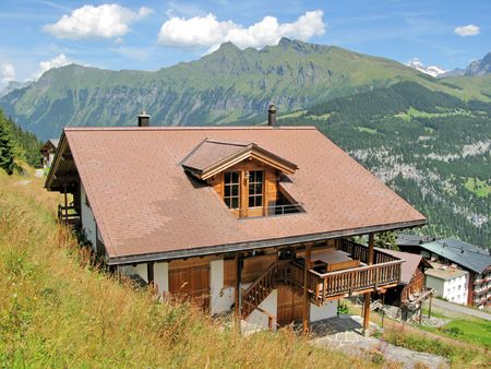 Holiday cottages in Mueren, famous Swiss skiing resort