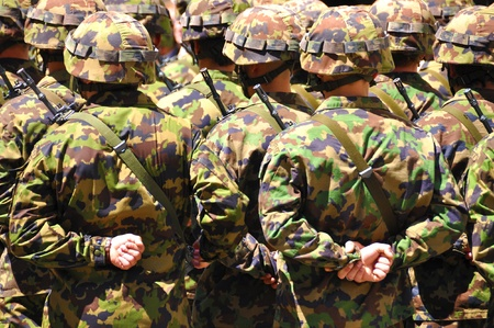 camoflauge: Soldiers in camouflage