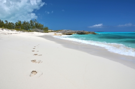 footmark: Footprints on the desrt beach of Little Exuma, Bahamas
