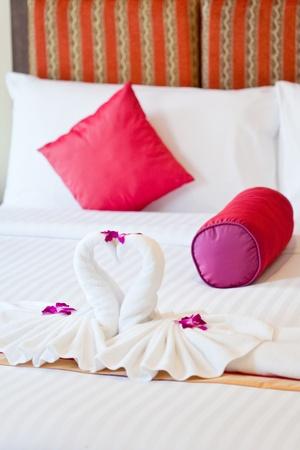 decoration of honeymoon bedroom photo