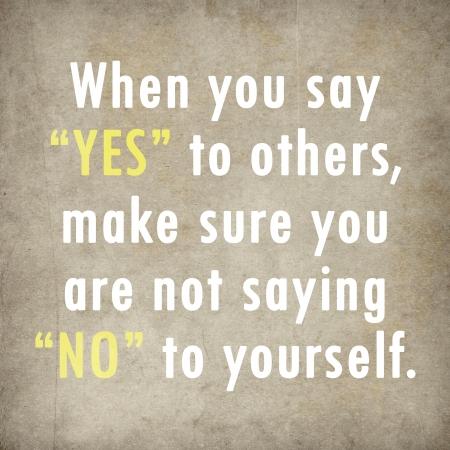 Quote từ cảm hứng của Paulo Coelho trên nền giấy cũ
