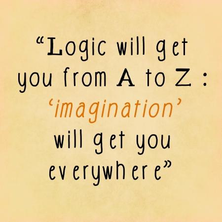 Inspirerend citaat woorden van Albert Einstein op notitie papier achtergrond Stockfoto