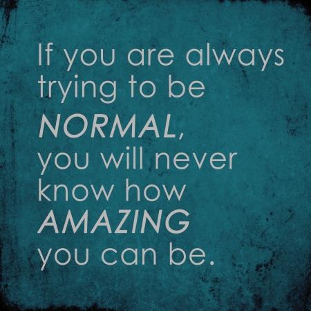 Inspirational quote động viên trên grunge cũ