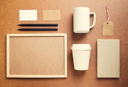 marca libros: Identidad de marca de café maqueta establece con efecto retro filtro Foto de archivo