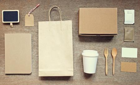 papel filtro: Branding identidad Café maqueta establecido vista superior con efecto retro filtro Foto de archivo