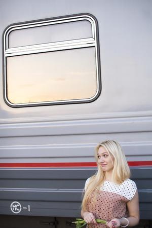 girl waiting for the wagon